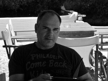 Ο Γιώργος Πανόπουλος απαντά σε 15 ερωτήσεις για μεγάλα παιδιά