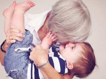 Αγαπημένη μου κόρη, ο ρόλος της γιαγιάς δεν είναι το babysitting