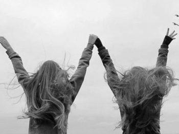 Όταν οι μαμάδες στηρίζουν η μία την άλλη, όλα είναι δυνατά - μια μικρή ιστορία