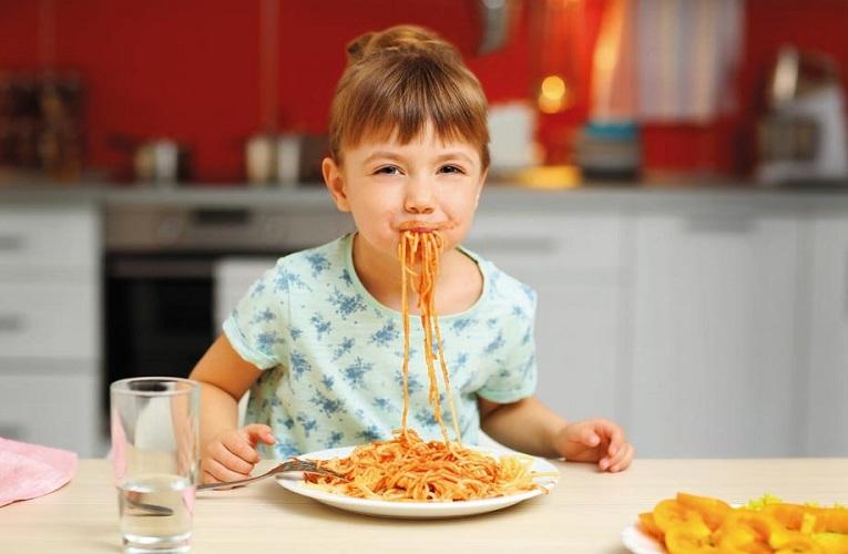 Παιδιά που δεν μπορούν να φάνε