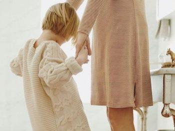 Καλή μαμά δεν είναι η μαμά δούλα, ούτε η μαμά οσιομάρτυρας