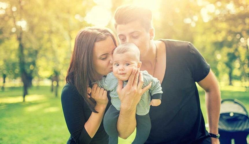 """""""Κάναμε παιδί για να γεμίσει η ζωή μας» - τα κενά δεν γεμίζουν με ανθρώπους"""