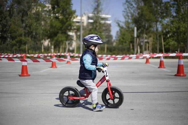 Αγώνας με ποδήλατα ισορροπίας