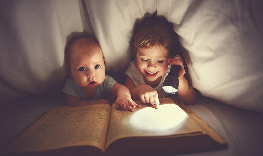 5 τρόποι για να μεγαλώσεις παιδιά που αγαπούν το διάβασμα - The ... dcb4627cf81