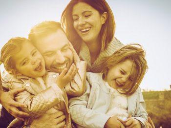 Χαρούμενες οικογένειες