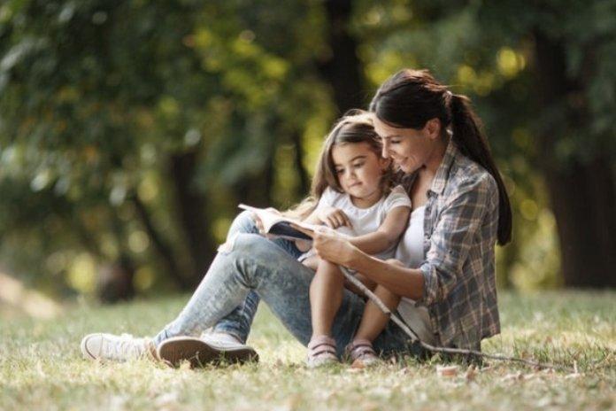 Πώς μπορούμε να ενισχύσουμε τη γλωσσική ανάπτυξη των παιδιών