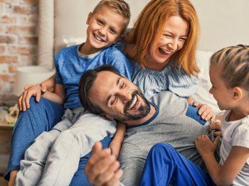 Δεμένες οικογένειες
