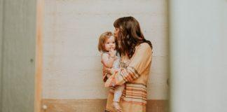 Γονιός χωρίς καμιά βοήθεια