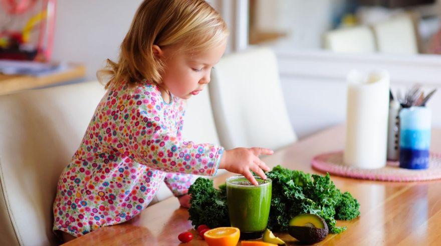 10 κανόνες για να τρώει σωστά το παιδί - Μια μαμά και μια διατροφολόγος συστήνουν!