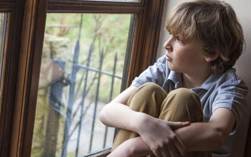 9 κακές συνήθειες της καθημερινότητας που επηρεάζουν εμάς και τα παιδιά μας