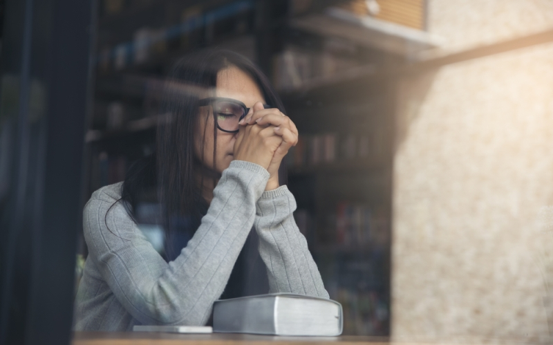Κρίσεις πανικού - γιατί έρχονται, πότε φεύγουν και πώς να τις αντιμετωπίσεις