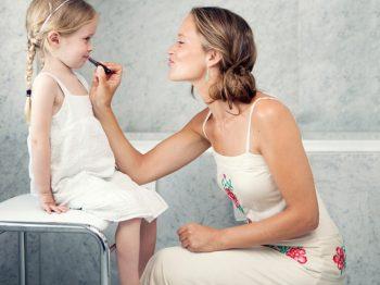 Πώς αντιλαμβάνονται τα παιδιά την «τέλεια μητέρα»