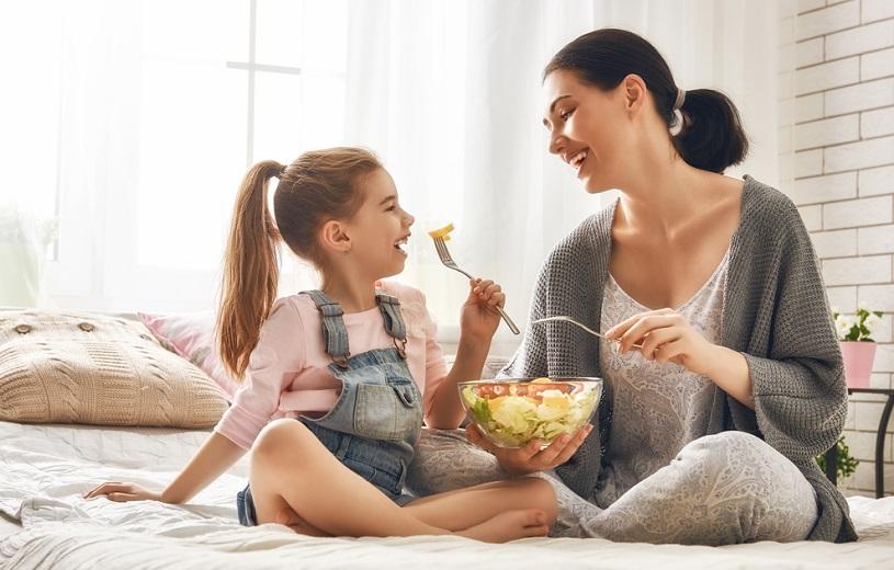 6+1 βήματα για να βοηθήσεις το παιδί σου να έχει ένα φυσιολογικό βάρος