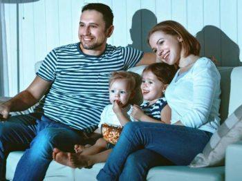 Γιατί είναι πολύ σημαντικό να βλέπουμε ταινίες μαζί με τα παιδιά μας