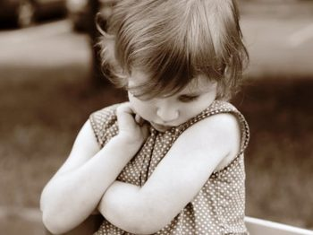 Όταν το παιδί σε θυμώνει - πώς να ηρεμήσεις για να μην του φερθείς απαράδεκτα