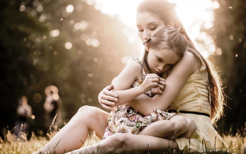 Oι ήρεμοι γονείς είναι αυτοί που μεγαλώνουν ευτυχισμένα παιδιά