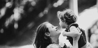 μαμά - ηρωίδα