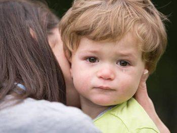 4 τρόποι για να σταματήσετε τη γκρίνια του παιδιού
