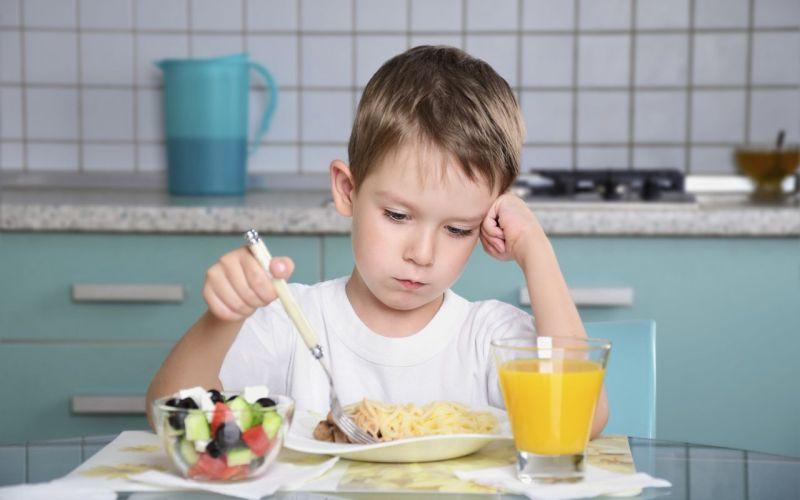 Mικρά μυστικά για να τρώνε τα παιδιά μας τα πάντα από έναν διαιτολόγο-σεφ