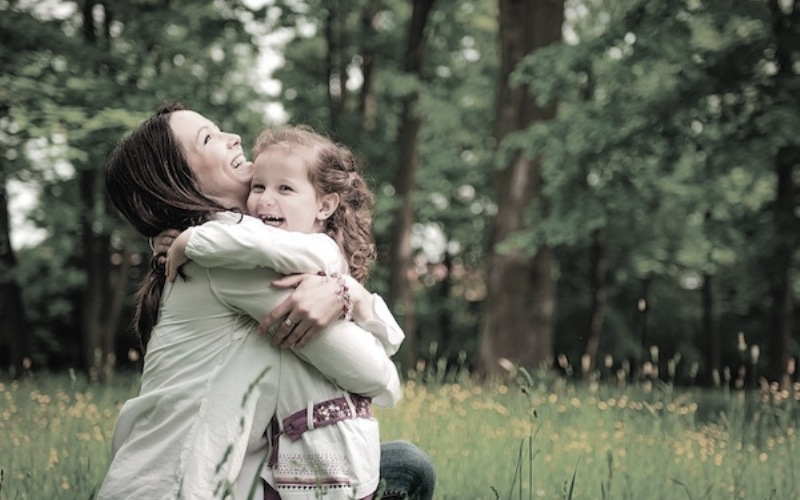 To καλύτερο αντικαταθλιπτικό για ένα παιδί, είναι η αγάπη της μάνας
