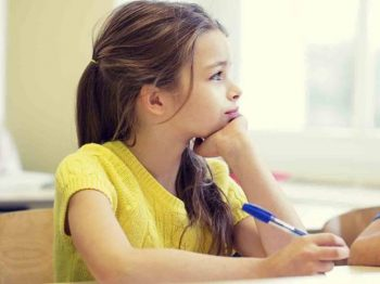8 σημάδια που δείχνουν πως το παιδί σας έχει κλατάρει από τις πολλές δραστηριότητες