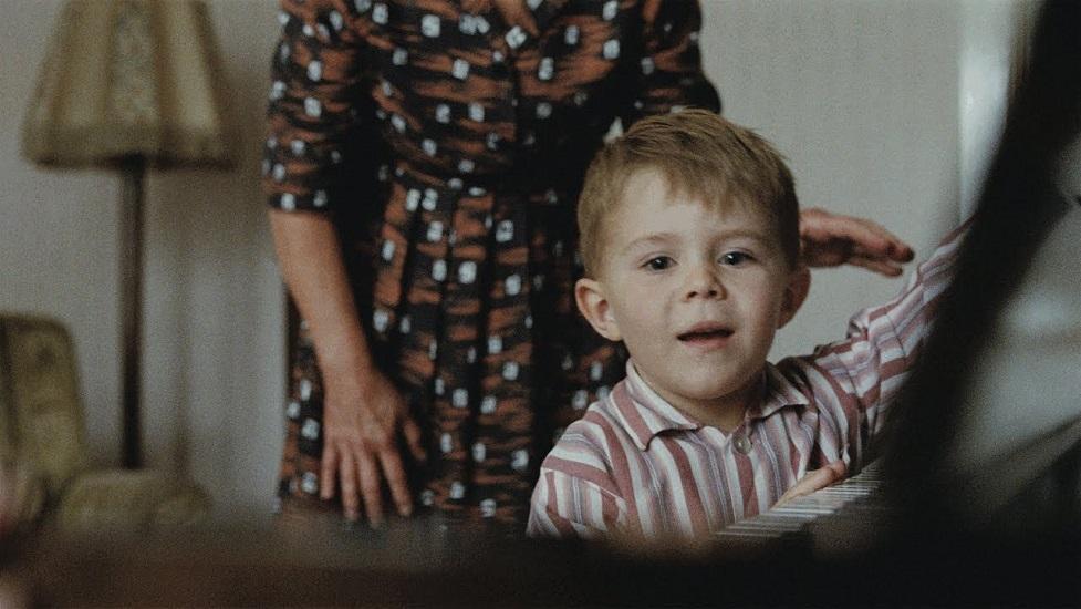 «Το αγόρι και το πιάνο»: Ο Έλτον Τζον, στην πιο συγκινητική χριστουγεννιάτικη διαφήμιση