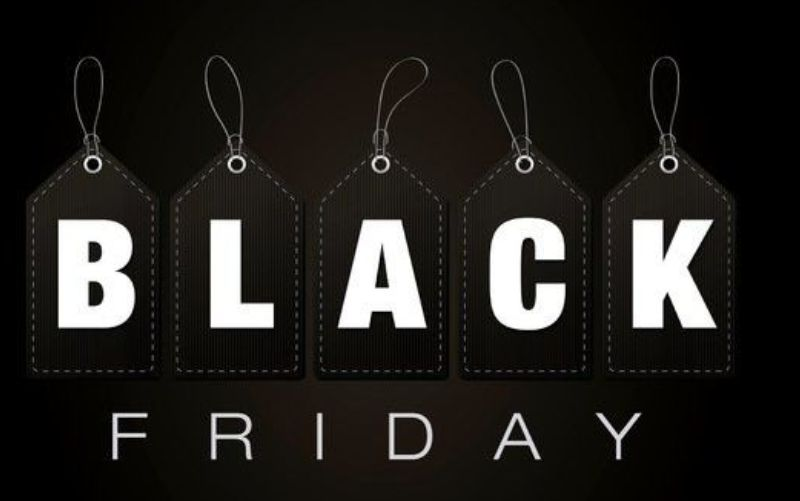 Οι μαθητές κάνουν κοπάνες από το σχολείο λόγω Black Friday