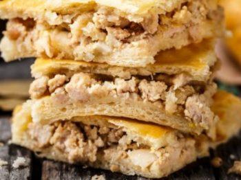 Κοτόπιτα με λίγα λιπαρά: Σπιτικό σνακ για το σχολείο με «κρυμμένα» λαχανικά