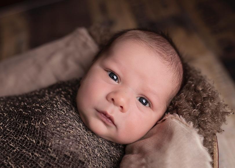 μωρά που γεννιούνται
