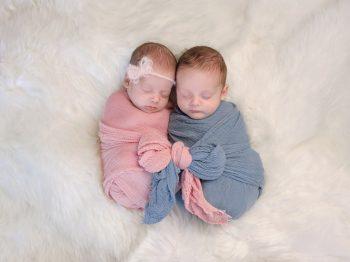 δίδυμο αδερφό