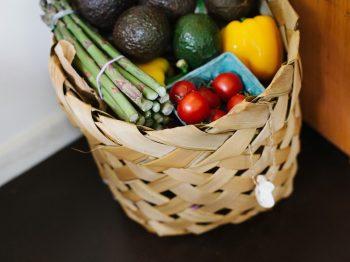 φρούτα και λαχανικά εποχής