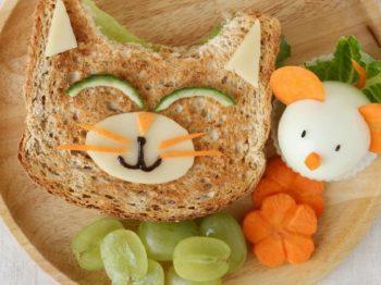 5 ιδέες για υγιεινό κολατσιό στο σχολείο από τη διατροφολόγο
