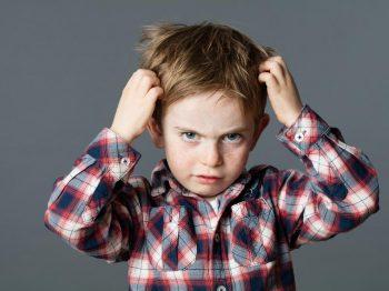 μακριά από τα παιδιά τις ψείρες