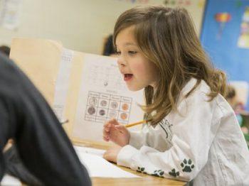 Νέα έρευνα: Οι Έλληνες μαθητές δεν διαθέτουν βασικές δεξιότητες στην ανάγνωση, στη γραφή και στα μαθηματικά