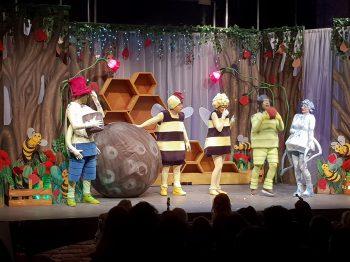 διαδραστική παράσταση «Μάγια η Μέλισσα»