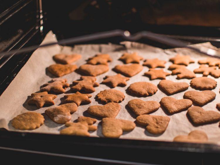 μπισκότα με τζίντζερ χωρίς ζάχαρη