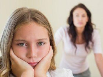 Τσακωνόμαστε με τα παιδιά μας επειδή μοιάζουμε σαν δυο σταγόνες νερό!