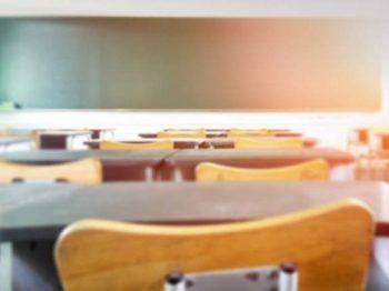 Παράταση στο κλείσιμο των σχολείων