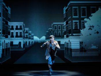 θεατρική παράσταση «Όλιβερ Τουίστ»