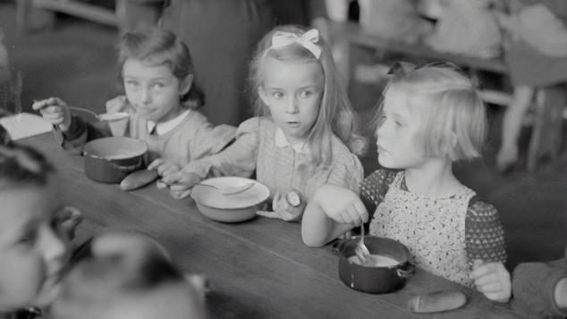 Έρευνα   Τα νήπια μοιράζονται το φαγητό τους ακόμα και όταν πεινούν