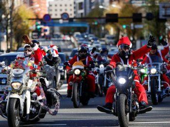Ιαπωνία: Άι Βασίληδες παρέλασαν πάνω σε Harley Davidson κατά της παιδικής κακοποίησης [εικόνες]