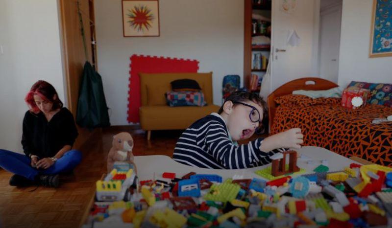 Ένας φανταστικός 7χρονος με αναπηρία γίνεται αληθινός influencer και βάζει τέλος στα στερεότυπα