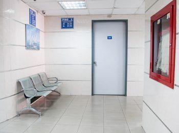 Λαμία: Μητέρα και γιος θετικοί στον κορωνοϊό το έσκασαν από το Νοσοκομείο