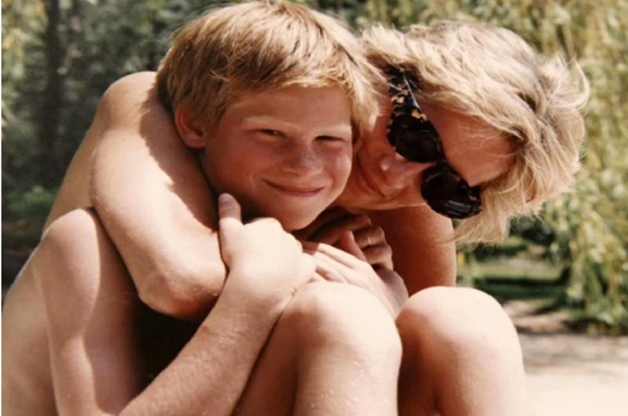 Πρίγκιπας Χάρι: Όταν ένας γονιός πηγαίνει στον παράδεισο, η αγάπη του δεν φεύγει...