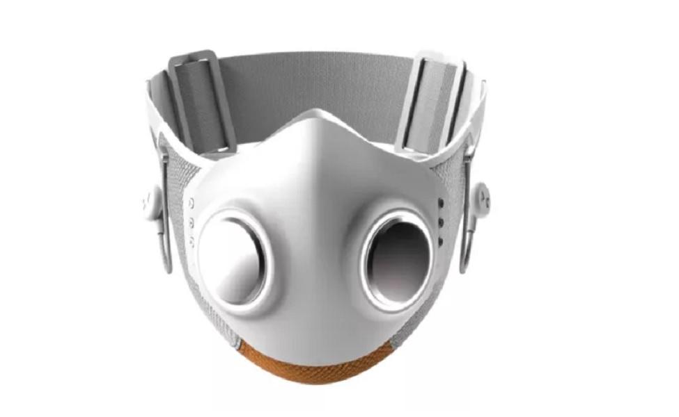 """Έφτασε η """"έξυπνη"""" αντί Covid-19 μάσκα:  Mε ακρόαση μουσικής και internet!"""