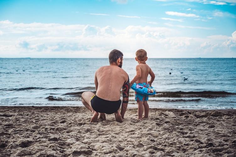 Οικογενειακές διακοπές στην COVID εποχή: 13 συμβουλές προστασίας
