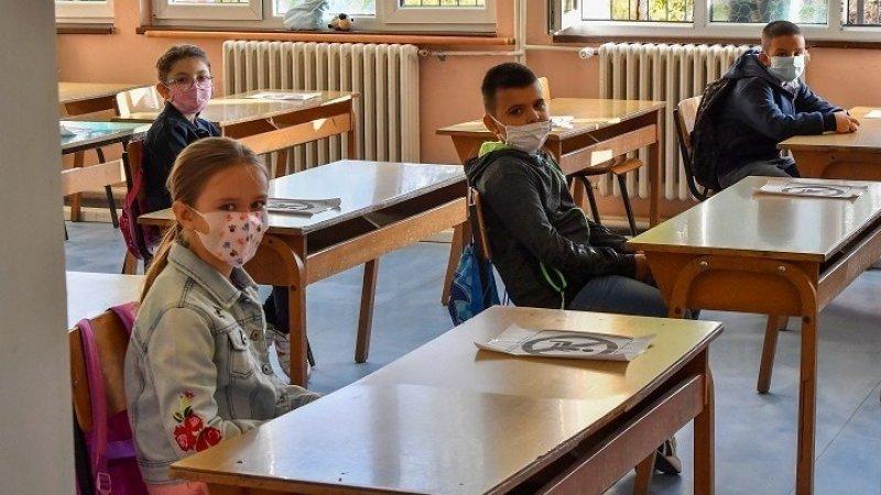 """Γώγος για σχολεία: Θα επανεκτιμηθούν τα μέτρα αν δούμε προβλήματα - """"Οχι"""" σε οριζόντιο κλείσιμο"""