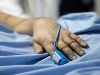 Ηράκλειο: 43χρονη εμπόδιζε τους γιατρούς που προσπαθούσαν να βοηθήσουν το παιδί της