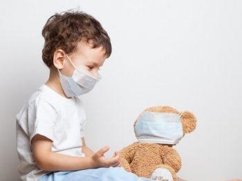 Ηχηρή προειδοποίηση Τζανάκη: Μπορεί να μολυνθούν 50.000 παιδιά μέσα στους επόμενους μήνες