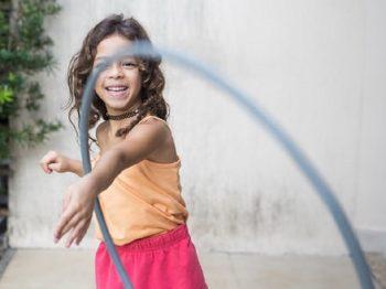 Μπολσονάρου: μπλοκάρει νομοσχέδιο για δωρεάν ταμπόν και σερβιέτες σε φτωχά κορίτσια
